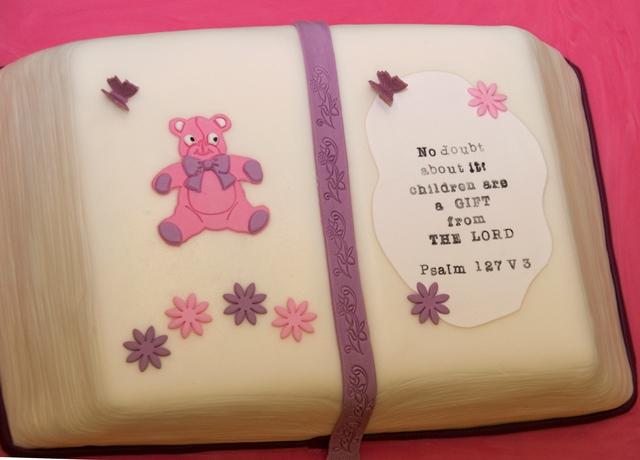 What an impressive cake!